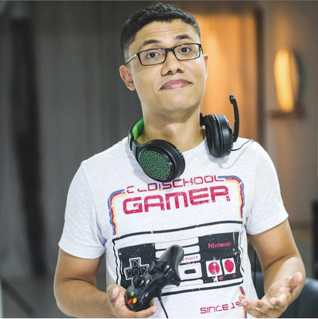 Otta Queiroz - Editor de conteúdo digital e fã de jogos eletrônicos