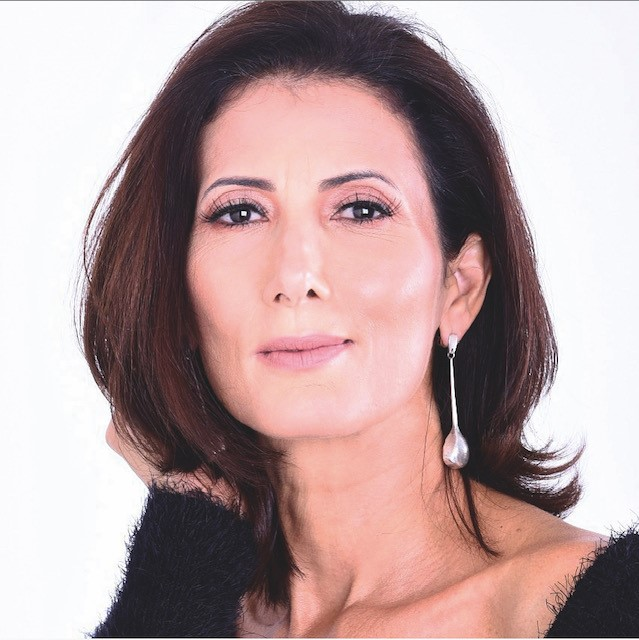 Maria Medeiros - Consultora de Etiqueta, Cerimonial e Protocolo