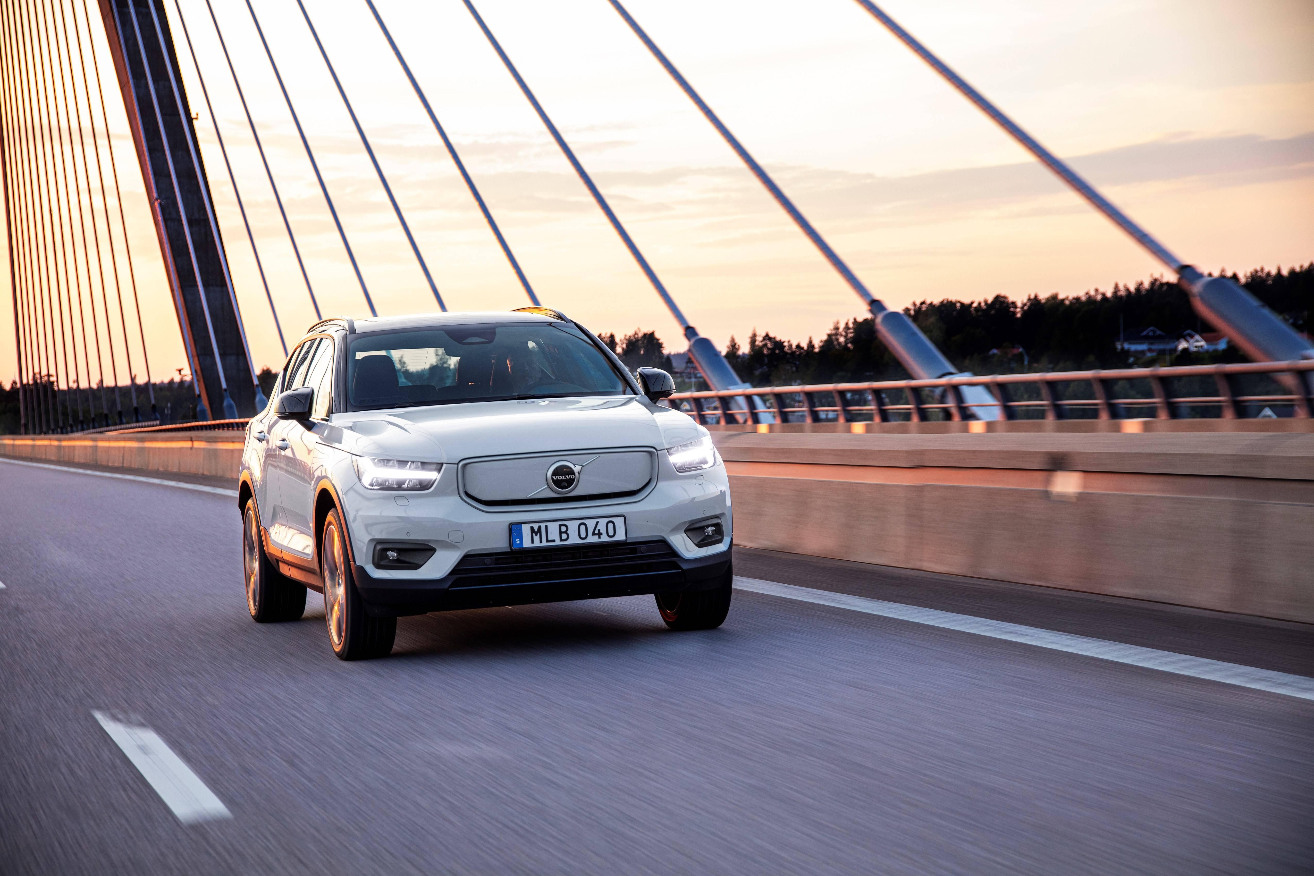 Volvo será primeira marca a não vender mais carros a combustão no Brasil