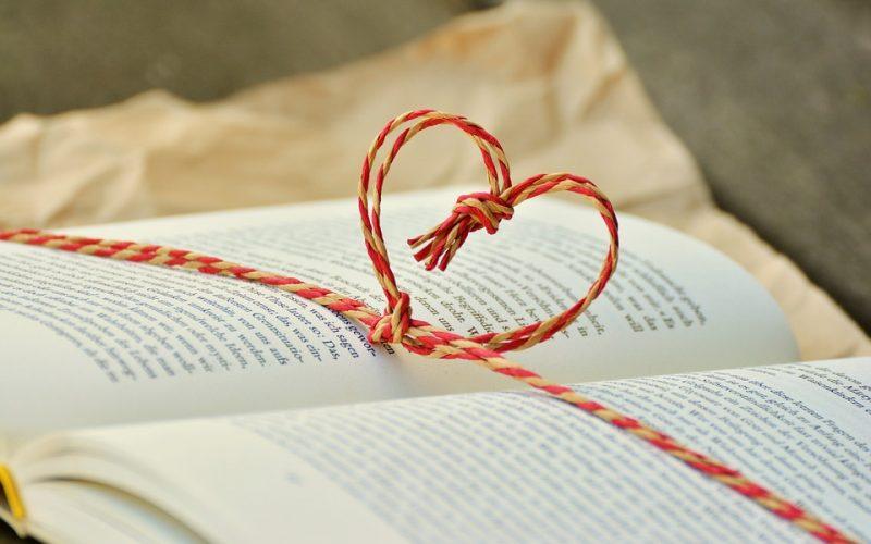 Dia dos Namorados: Livros com até 50% de desconto