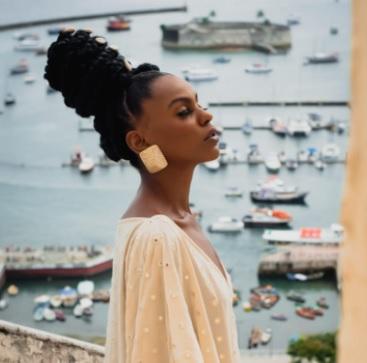 Monica Anjos lança Coleção Ancestralidade inspirada na obra da coreografa Mercedes Batista