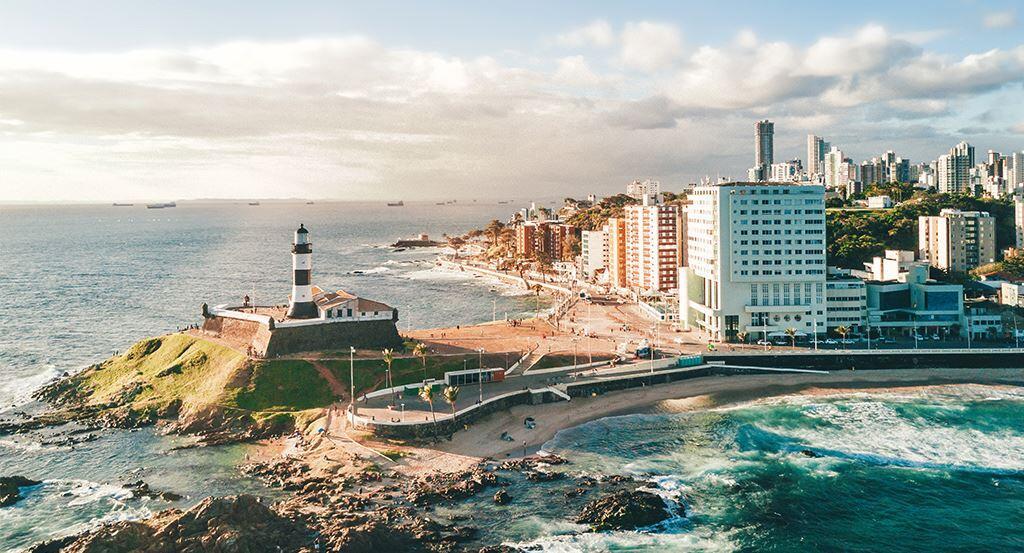 Prefeitura de Salvador amplia horário de bares e restaurantes e público em eventos