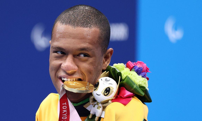 Gabrielzinho garante 2ª ouro na Paralimpíada, agora nos 50m costas