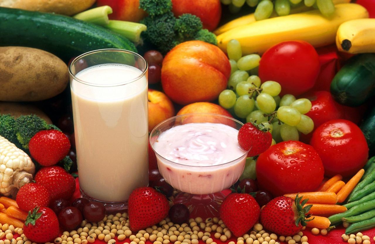 Mudanças de temperaturas: nutricionista explica como ter uma alimentação saudável durante as estações mais quentes