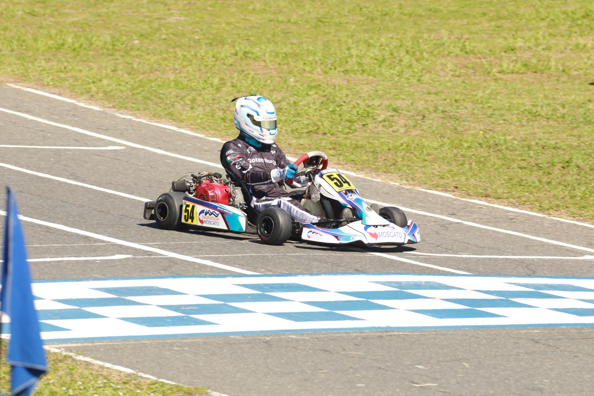 7ª e 8ª etapas do Campeonato Baiano Larco de Kart tem participação do atleta Diogo Moscato na categoria F4