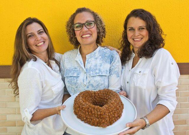 Bolo das Meninas celebra os 105 anos do livro de receitas de bolos e consolida oito anos de atuação