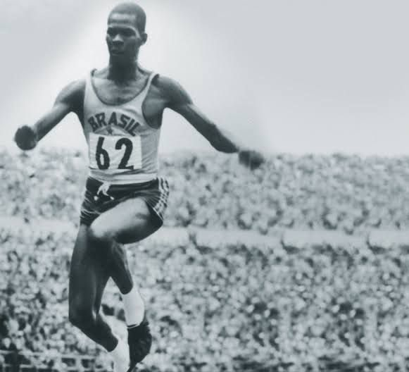Primeiro brasileiro bicampeão olímpico, Adhemar Ferreira da Silva é indicado para livro dos Heróis da Pátria