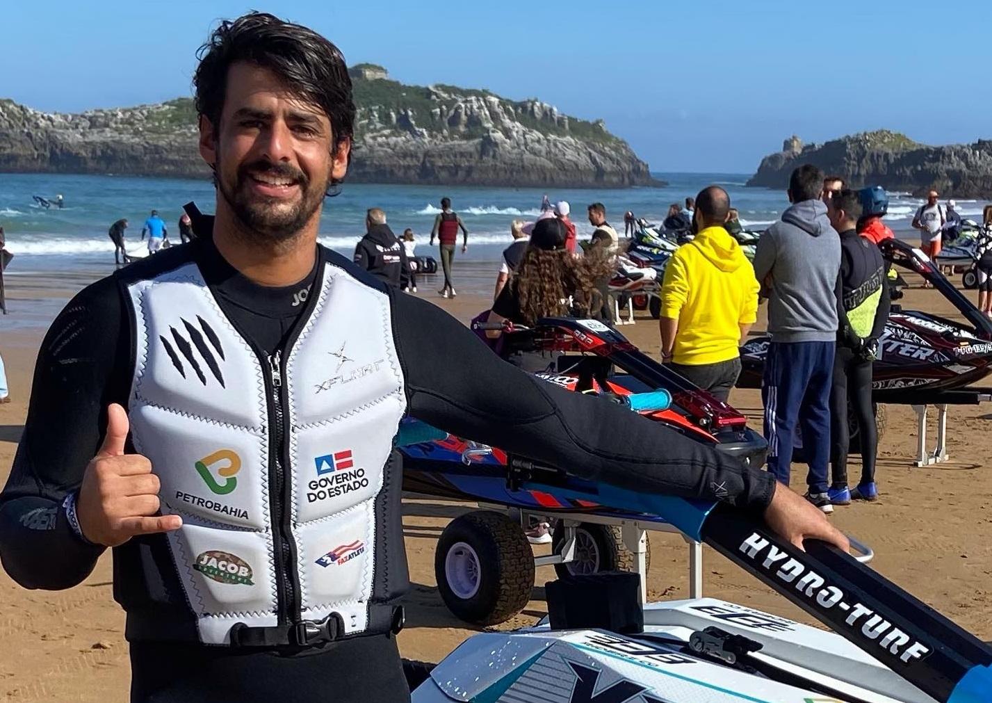 Bruno Jacob fica entre os Top 5 no Mundial de Motosurf