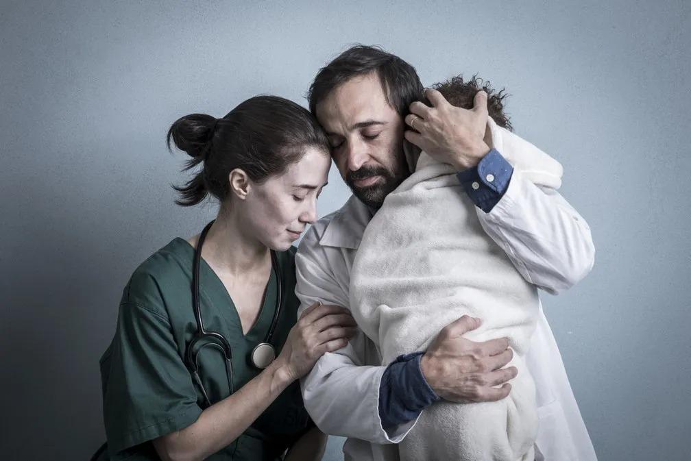 Dia do Médico: confira seleção de filmes e séries que retratam os desafios da profissão