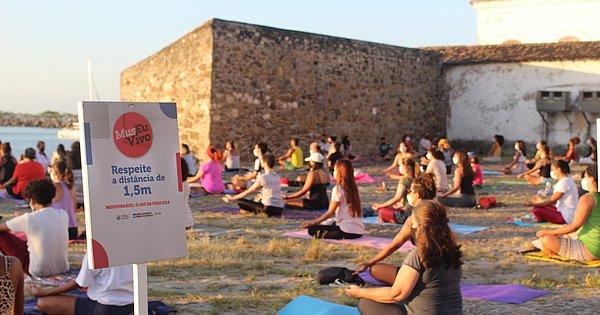 MAM realiza aulas de Yoga gratuitas