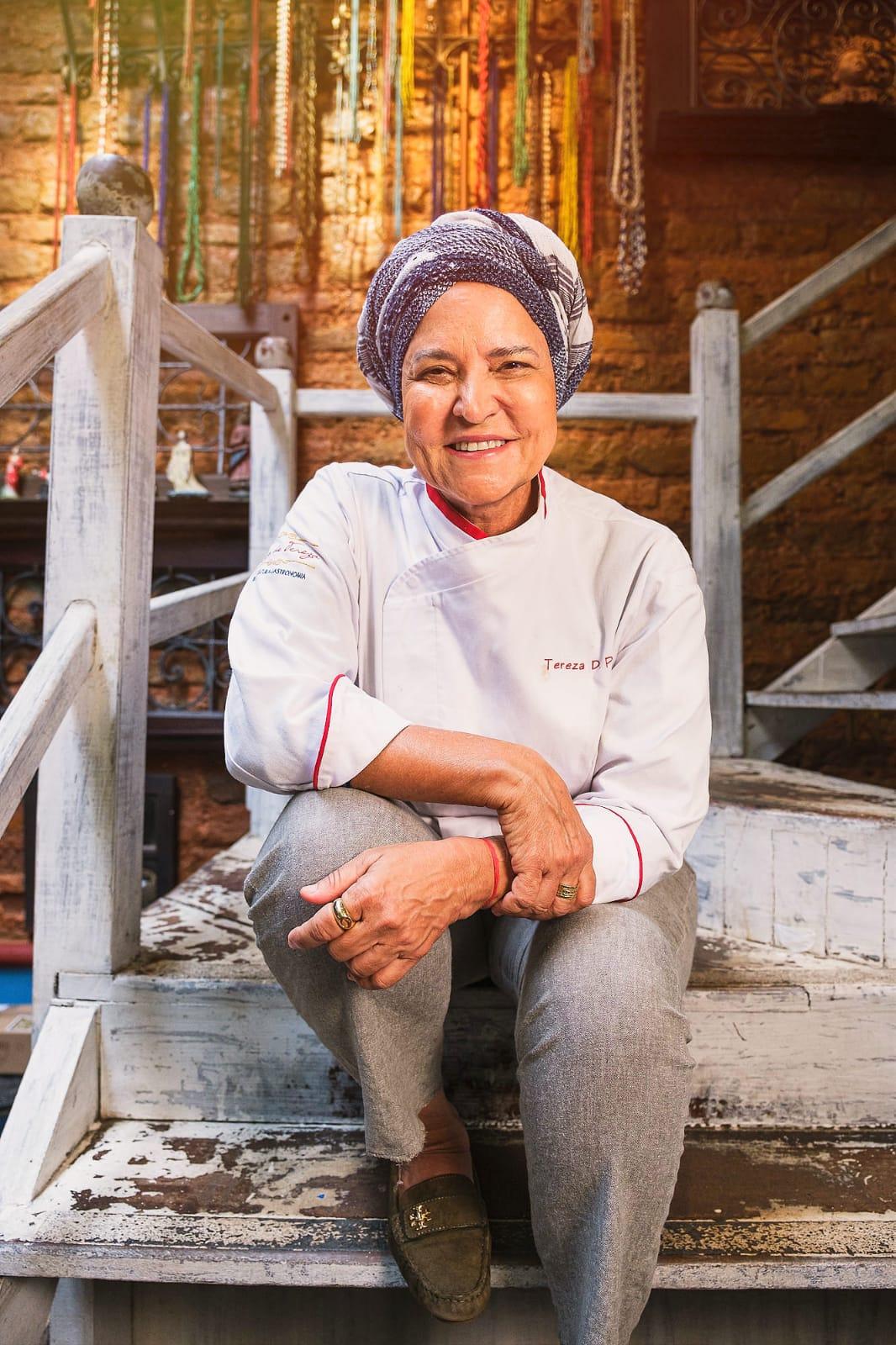 Tereza Paim participa do 'Mesa ao Vivo Bahia 2021' e prepara prato online